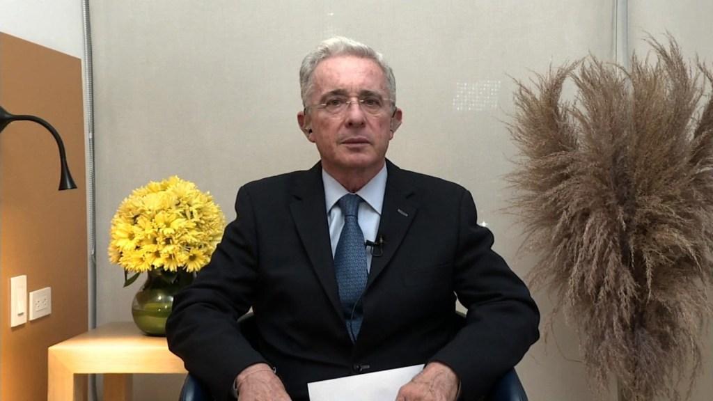"""Álvaro Uribe: """"a mí me violaron el debido proceso"""""""