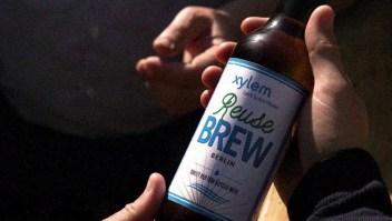¿Tomarías de esta cerveza hecha de agua del inodoro?
