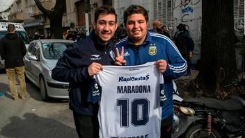 Locura tras el regreso de Maradona a Argentina