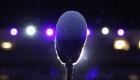 ¿Por qué cambia la voz de los cantantes?