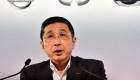 CEO de Nissan renuncia después de admitir que le pagaron en exceso