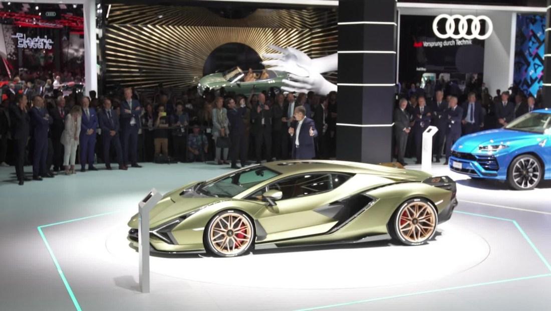 Lamborghini ingresa al mercado de los eléctricos con un superauto híbrido