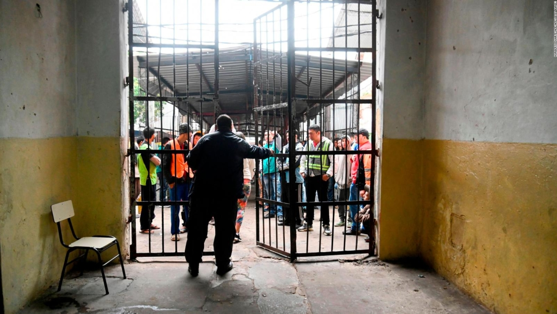 Ley para controlar la violencia en cárceles de Paraguay