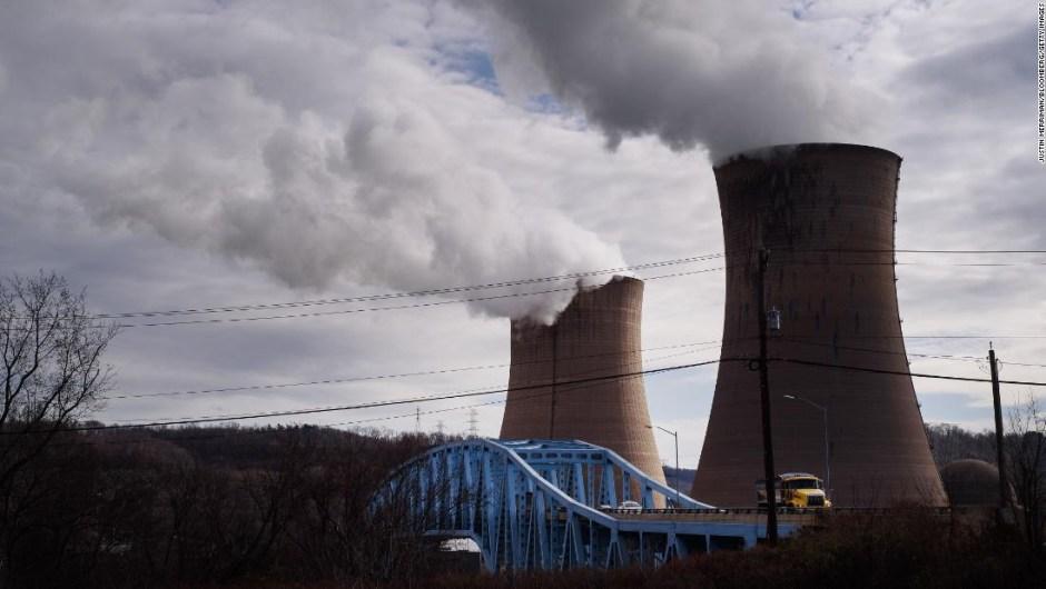 Planta energía nuclear limpia