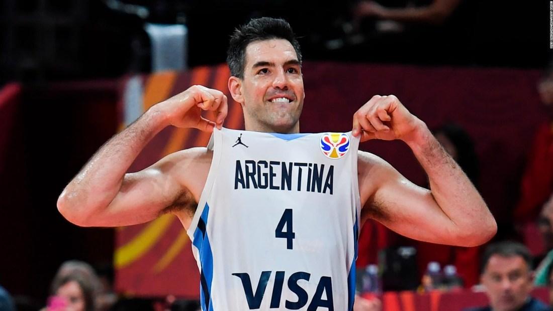 Argentina recibe como héroes a la selección de baloncesto