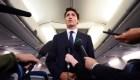 Publican fotos de Justin Trudeau con la cara pintada de oscuro
