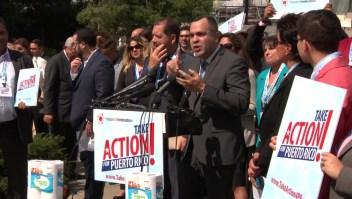 Puertorriqueños protestan en Washington a dos años de María