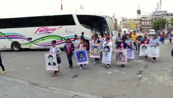 """Acuerdan """"reconstruir"""" investigación del caso Ayotzinapa"""
