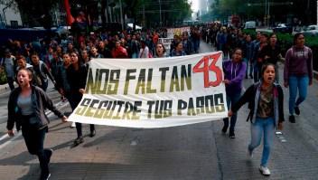 Estudiantes de Ayotzinapa piden justicia