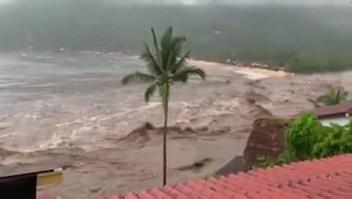 Olas intensas, lluvia y deslaves en México