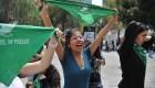 Marchan a favor de legalización del aborto