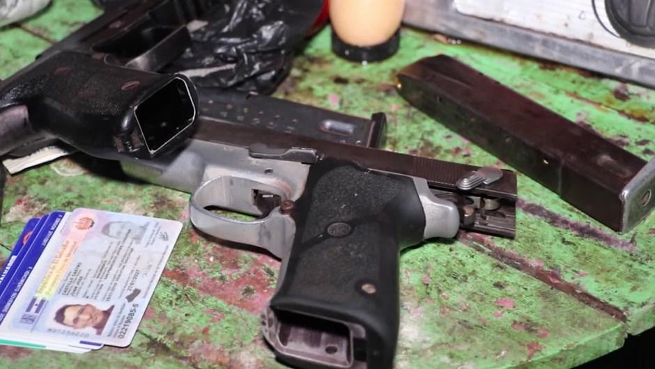Capturan 11 policías por presuntos asesinatos por dinero en El Salvador