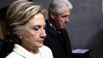 """Hillary Clinton dijo que quedarse en su matrimonio fue """"valiente"""""""