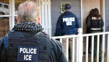 Prohibición ciudades santuario Florida ICE policías