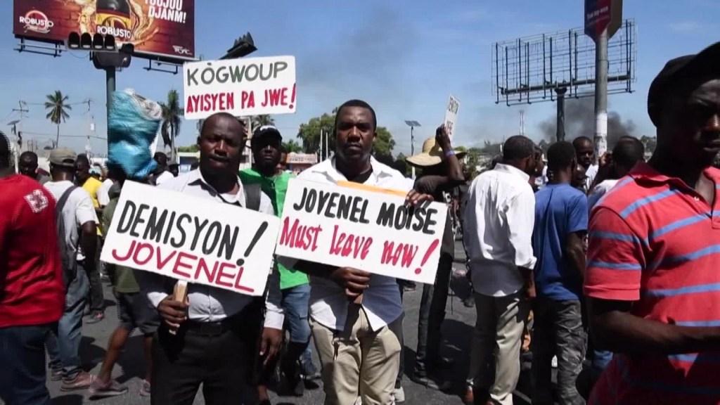 Manifestantes exigen renuncia del presidente de Haití