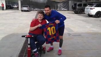Niño conoció a Messi luego que le salvaron la pierna