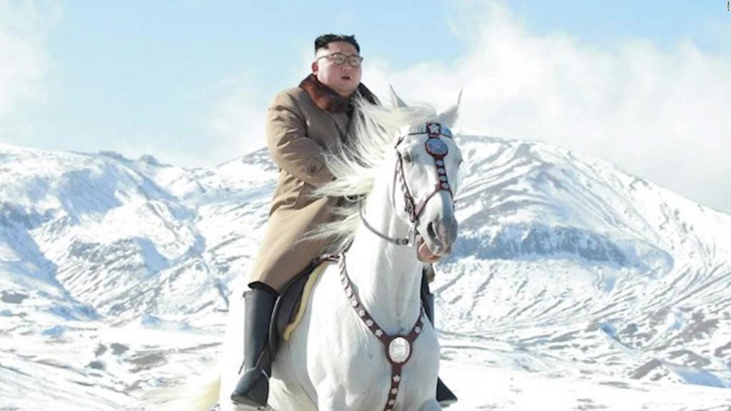 Kim Jong-un visita montaña sagrada