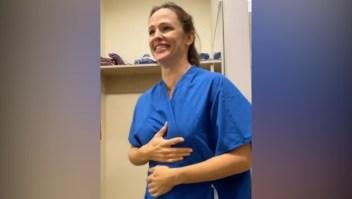Acompaña a Jennifer Garner mientras le hacen la mamografía