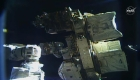 Un éxito la primera caminata espacial solo de mujeres