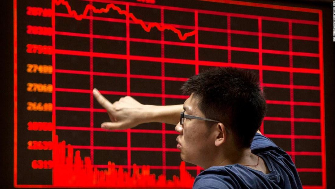 Crecimiento económico de China cae al nivel más bajo desde 1992