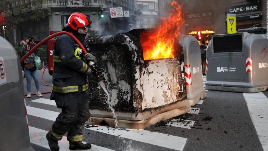 Incidentes frente al consulado de Chile en Buenos Aires