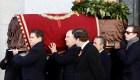 Exhuman restos del dictador Francisco Franco en España
