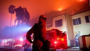 200.000 órdenes de evacuación en Los Angeles