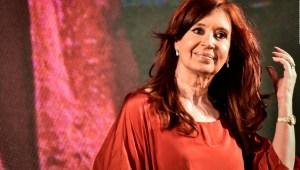 Revocan procesamientos contra Cristina F. de Kirchner