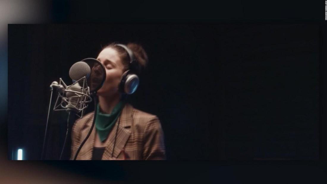 50 artistas chilenos se unen para cantar por la paz