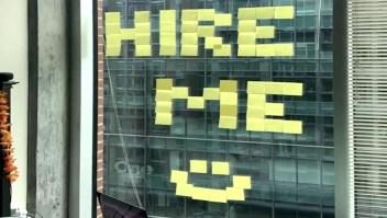 """Ingenio y """"post-its"""": así consiguió un empleo"""