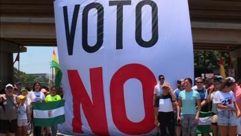Bolivianos en Santa Cruz intentan defender la democracia