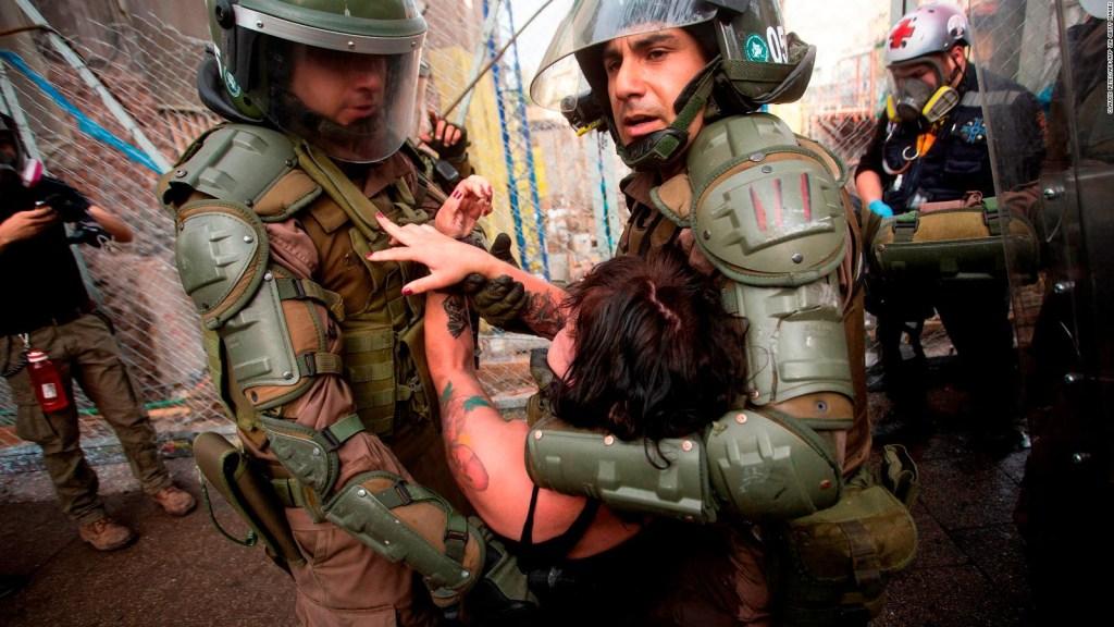Piñera anuncia nueva ley para calmar las protestas