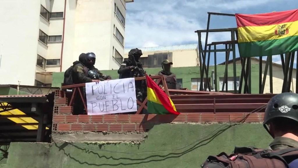 Repliegue de cientos de agentes en La Paz