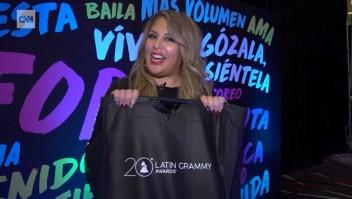 Adéntrate al cuarto de regalos de los Latin Grammy