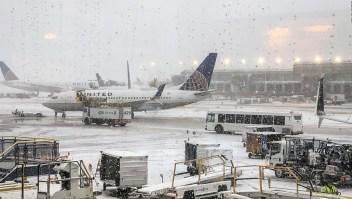 Semana helada en Estados Unidos impide más de 1.200 vuelos