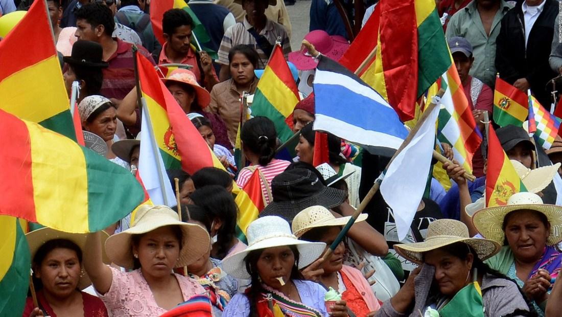 Escasez de alimento y combustible en La Paz