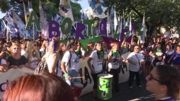 Argentina vuelve a debatir la legalización de aborto