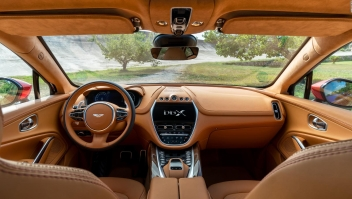 Aston Martin presenta su primer vehículo todo terreno