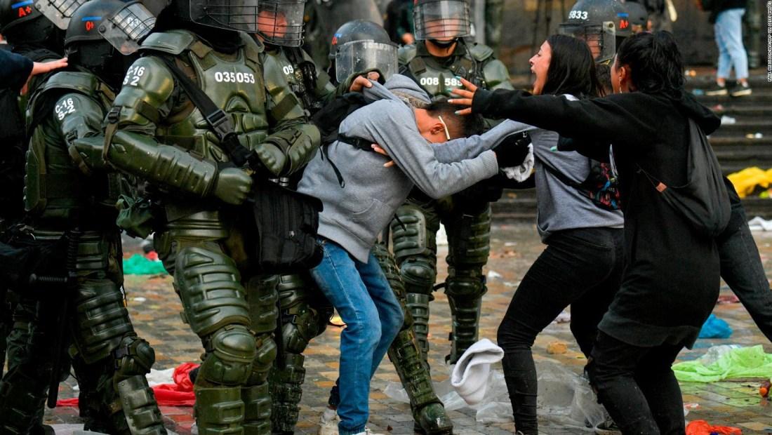 Las imágenes de los enfrentamientos en Bogotá