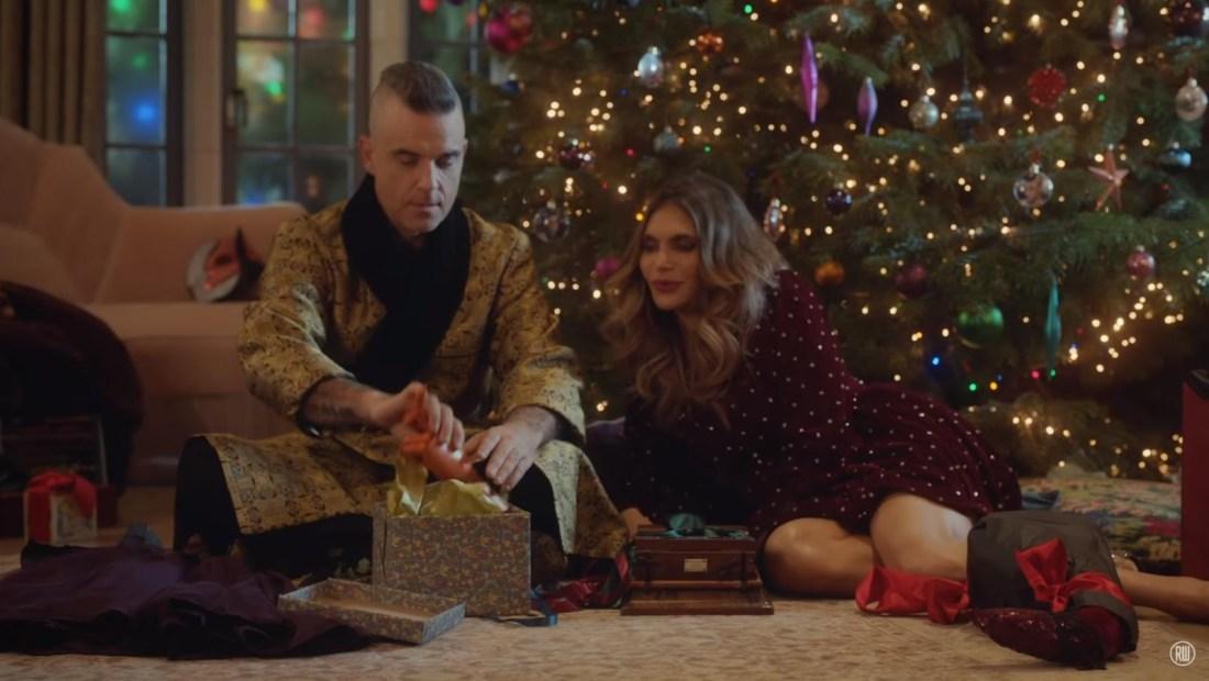 Robbie Williams canta los clásicos navideños