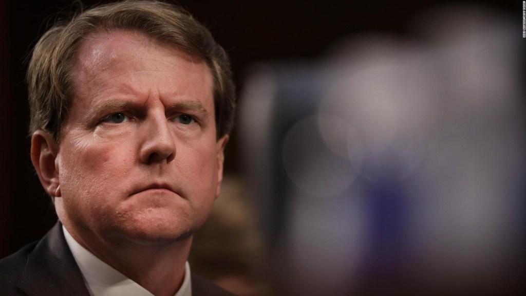 Dan McGahn se opone a testificar en investigación contra Trump
