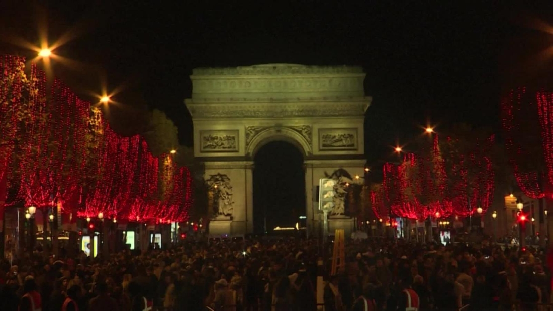 Ciudades de Europa se preparan para la temporada de festividades
