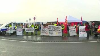 Francia: protestas en centros de Amazon