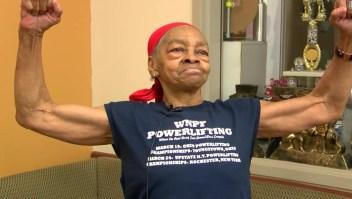 Esta poderosa abuela de 82 años hizo que un intruso se arrepintiera de irrumpir en su casa
