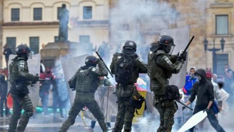 Resumen del día de manifestaciones en Colombia según el ministro de  Defensa, Carlos Holmes Trujillo | CNN