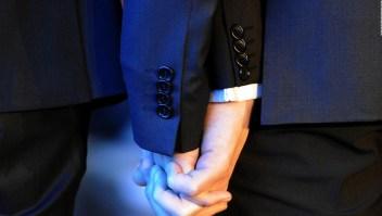 Hallmark se disculpa por retirar comercial de boda homosexual