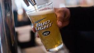 Budweiser quiere hacer cerveza en Marte