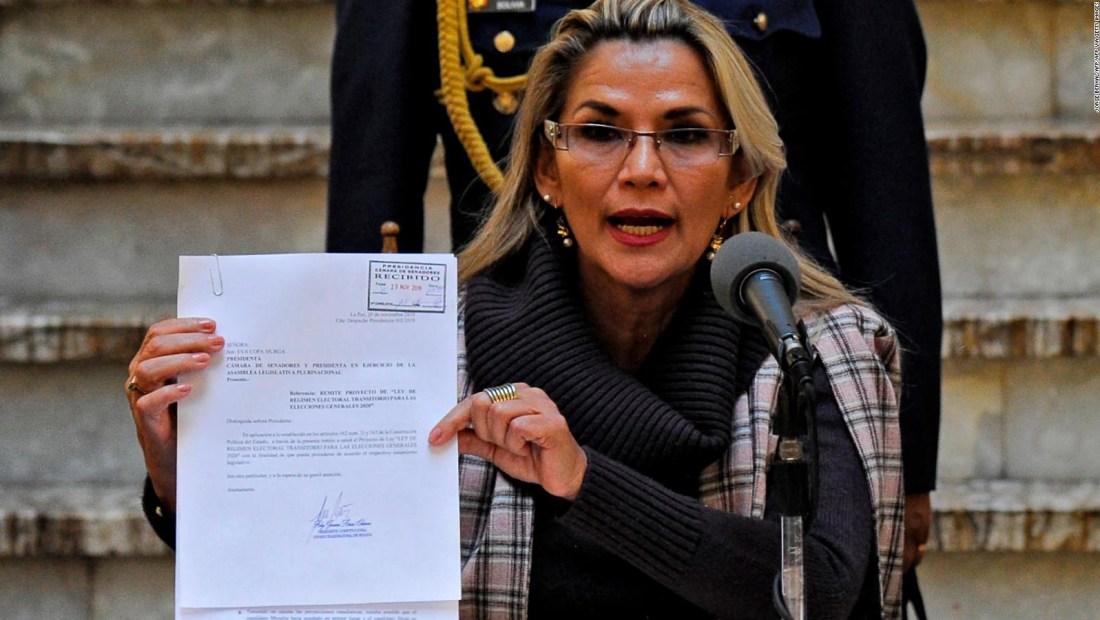 Bolivia le exige a algunos diplomáticos que abandonen el país en un plazo de 72 horas