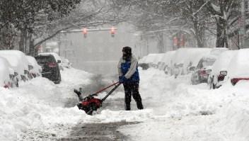 El mal tiempo en EE.UU. tiene a millones de personas en riesgo