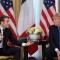 Cruce público entre Trump y Macron en Londres